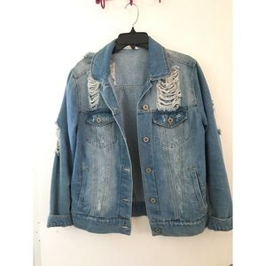 🆕 Distressed denim jacket